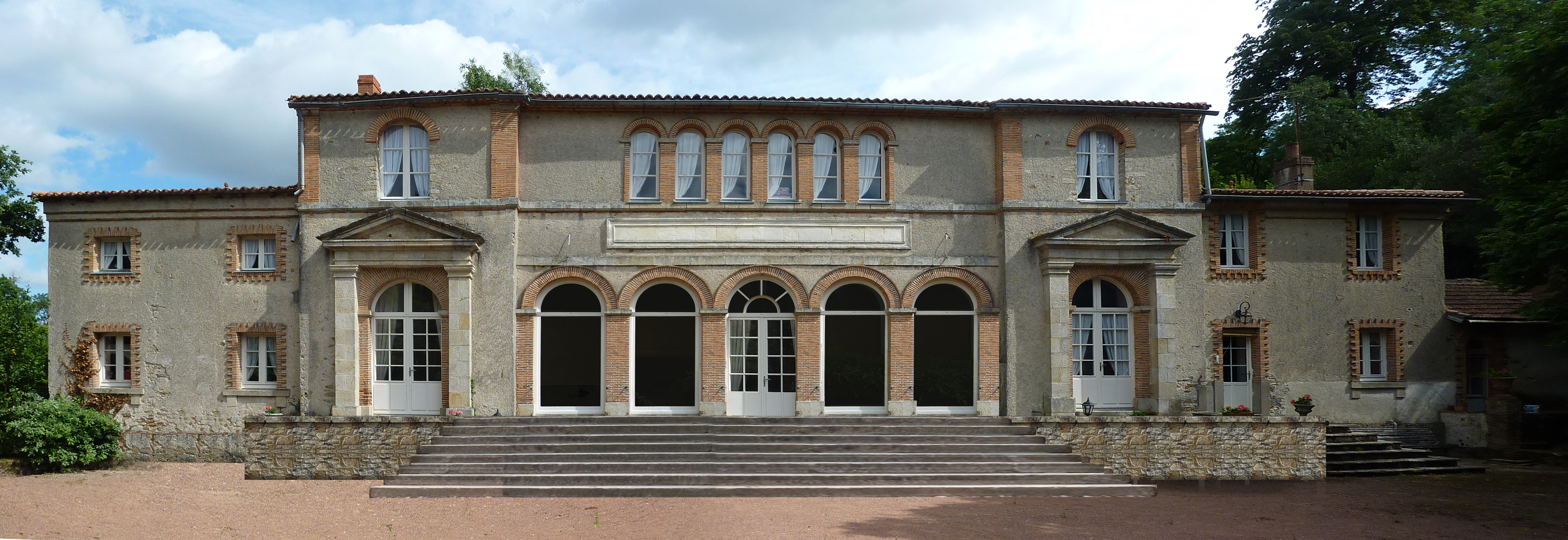 R novation d 39 une demeure historique clisson 44 lo c for Maison italienne architecture
