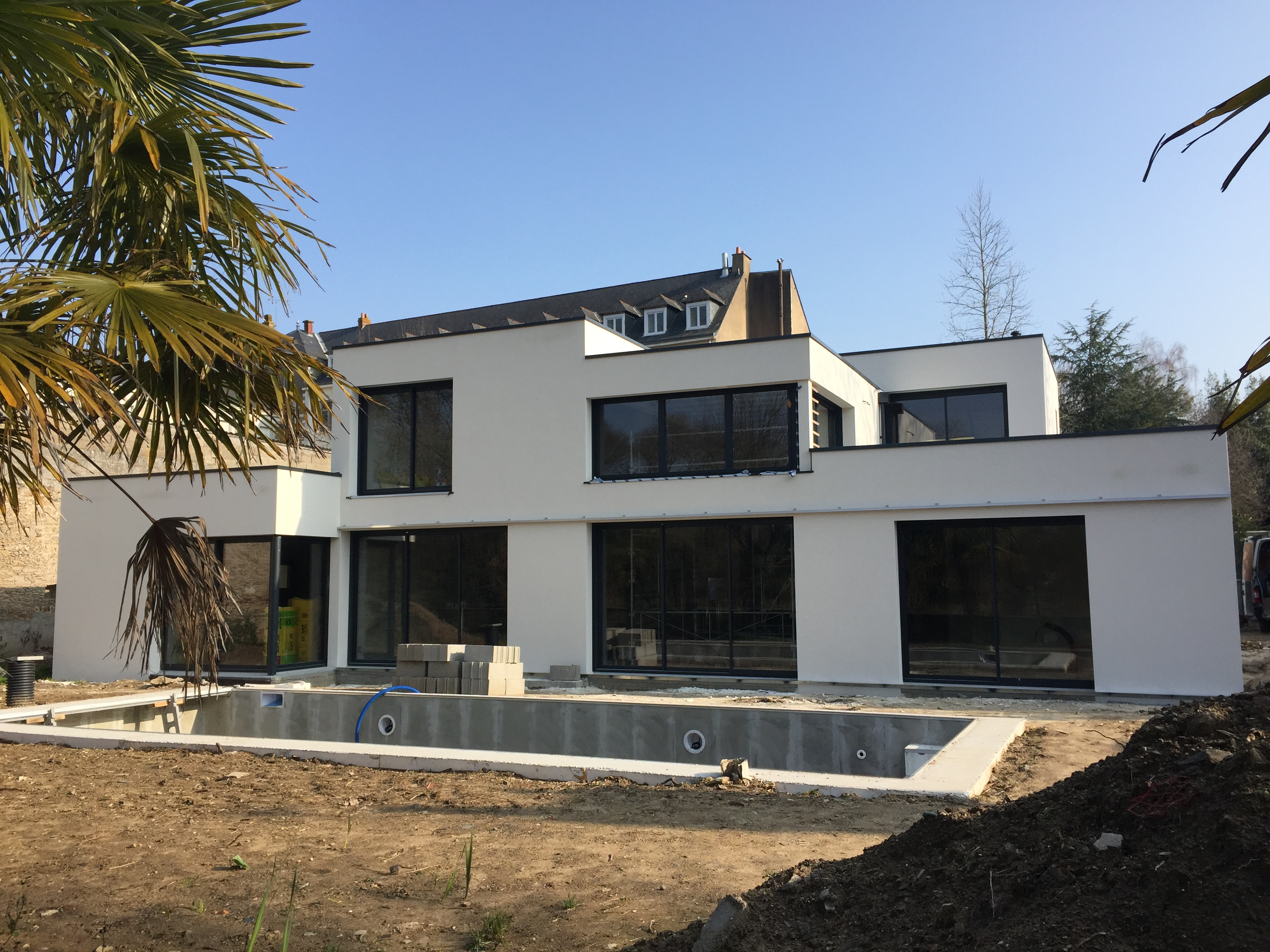 Construction d 39 une maison en bord de s vres nantes for Construction maison architecte prix