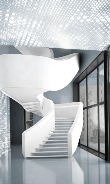 l'escalier dans le hall